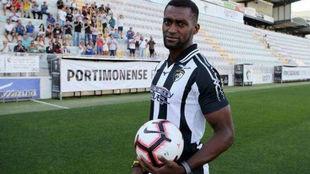 Jackson Martínez, con la camiseta del Portimonense.