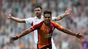 Radamel Falcao García celebra el 1-1 parcial frente al Gaziantep en...