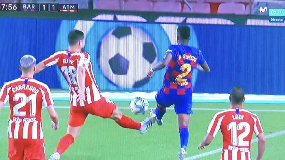El penalti de Felipe a Semedo en el Barcelona vs Atlético