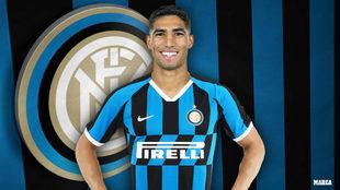 Achraf, con la camiseta del Inter tras hacerse oficial su fichaje