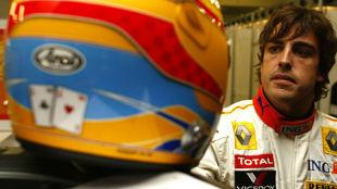 Fernando Alonso con Reanult en 2009.