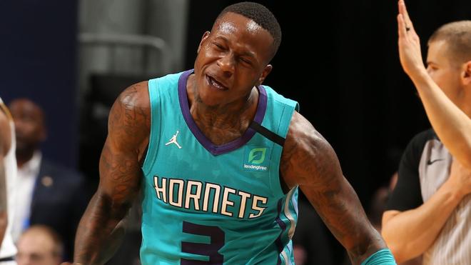 Rozier en acción con los Hornets.