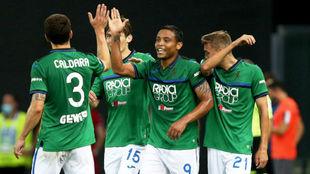 Muriel celebra con sus compañeros el gol anotado ante el Udinese