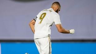 Karim Benzema anotó el primer tanto de la victoria contra el Alavés...