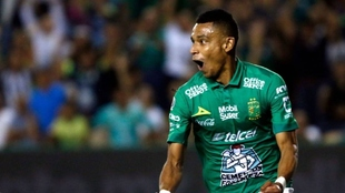 Willian Tesillo, durante un partido en la Liga MX