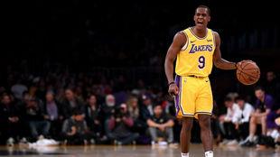 Rajon Rondo con el uniforme de los Lakers