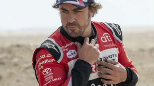 Fernando Alonso con su uniforme de carrera