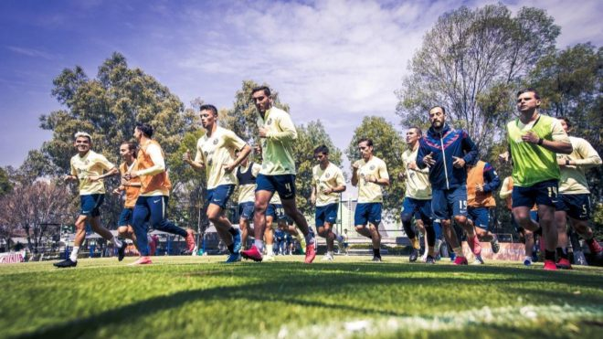 Los jugadores del América, durante un entrenamiento