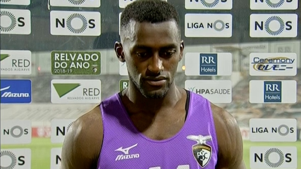 Jackson Martínez, triste con el descenso del Portimonense.