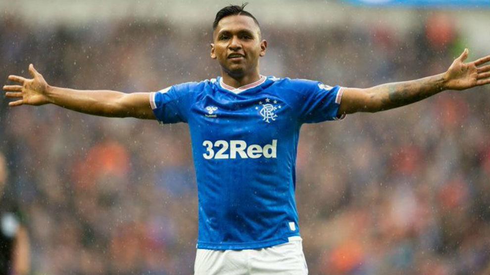 Alfredo Morelos celebra un gol con el Rangers de Escocia.