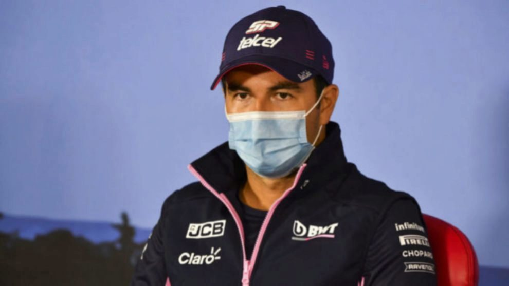 Sergio 'Checo' Pérez, positivo para COVID-19, durante una rueda de...
