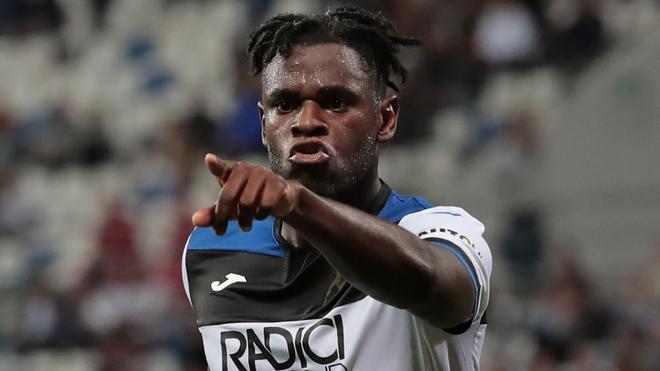 Duván festeja un gol con el Atalanta en la Serie A.