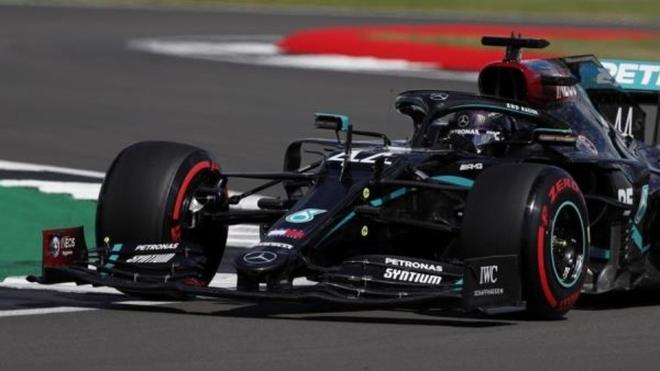 Lewis Hamilton, Mercedes F1 W11.