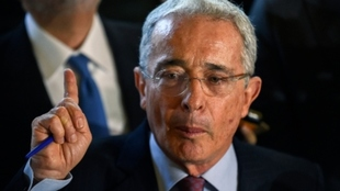 Álvaro Uribe da positivo para coronavirus