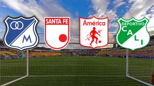 Panorámica del Estadio El Campín de Bogotá con los escudos de...