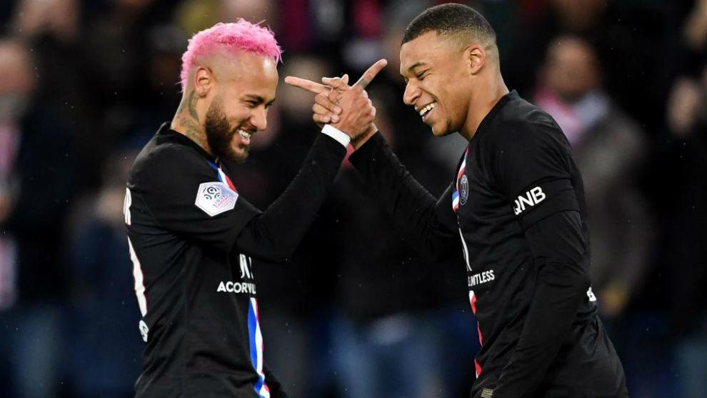 Neymar y Mbappé en un encuentro con el PSG.