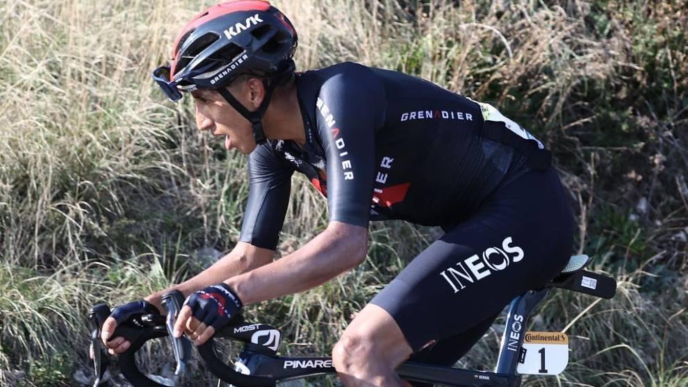 Bernal, sufriendo en un puerto del Tour de Francia