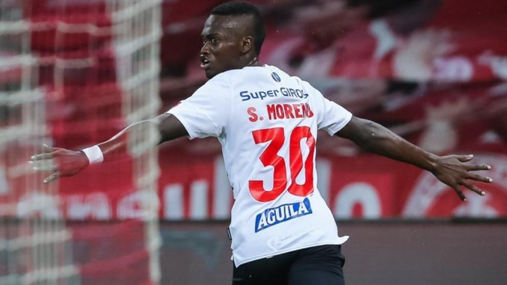 Su gol significó el 3-3 ante Inter.