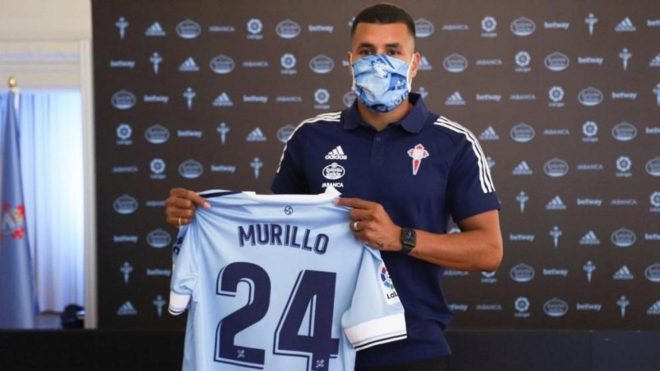 Jeison Murillo posa con su nueva camiseta