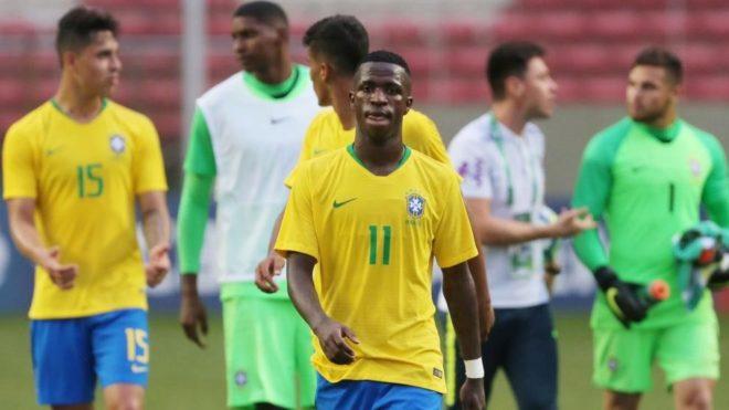 Vinícius, durante un partido con Brasil