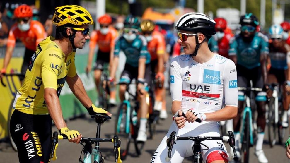 Tour de Francia: Roglic y Pogacar conversan en una de las etapas