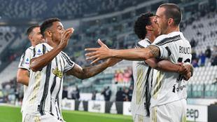 Jugadores de la Juventus celebran un gol.