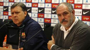 El Tata Martino y Zubizarreta, durante una rueda de prensa conjunta en...