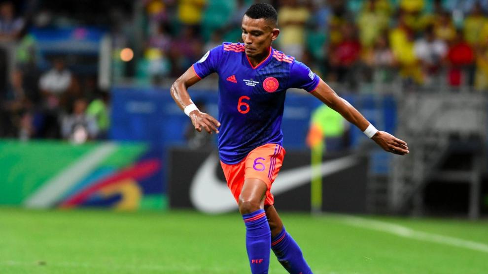 William Tesillo en un partido con la Selección Colombia.