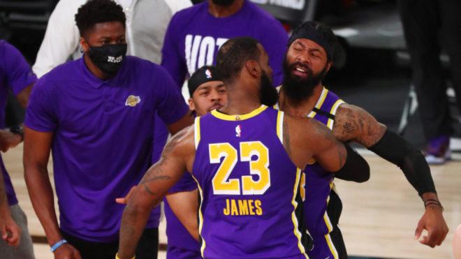 LeBron, durante un partido con los Lakers