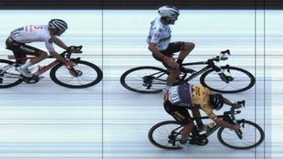 Roglic conquista la Lieja por un cuarto de rueda