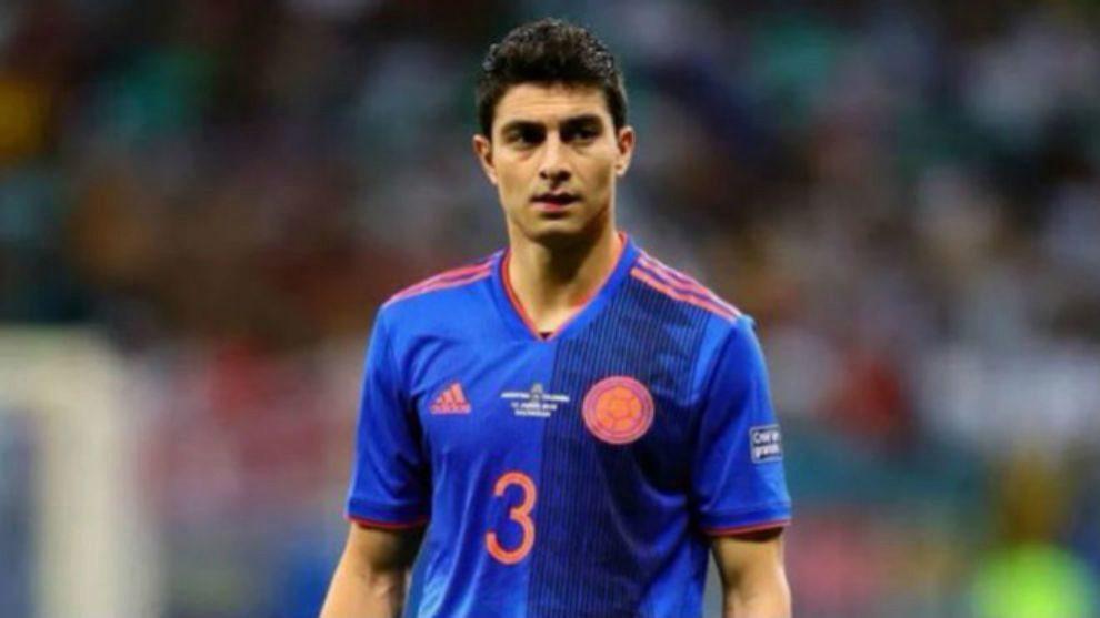 Stefan Medina, cada día más consolidado en la Selección Colombia.