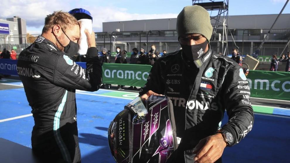 Bottas y Hamilton después de una carrera.