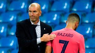 Hazard, consolado por Zidane, el día que perdieron ante el City