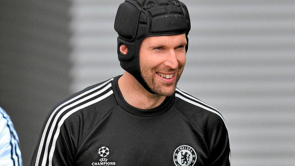 Petr Cech, en una foto de archivo con el Chelsea