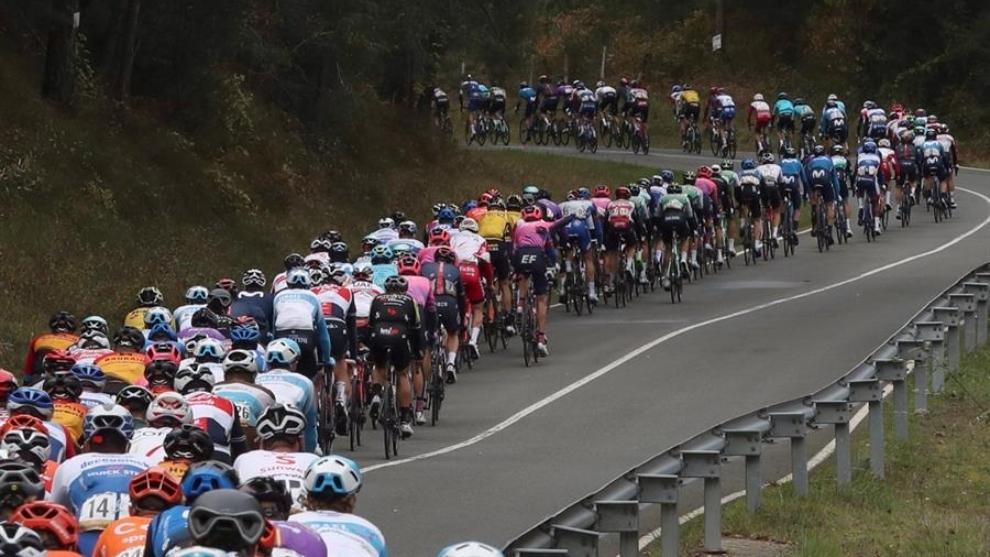 Follow stage 7 live between Vitoria and Villanueva de Valdegovia de la ...