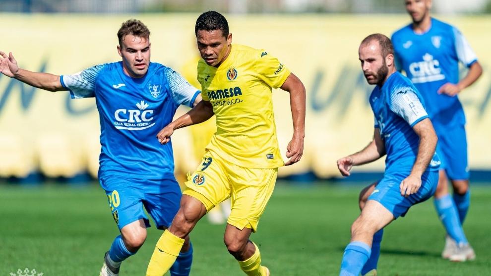 El delantero puede ser titular en la Europa League.
