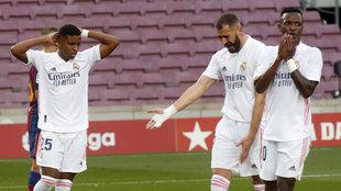 Benzema recrimina a Vinícius una acción en el Clásico
