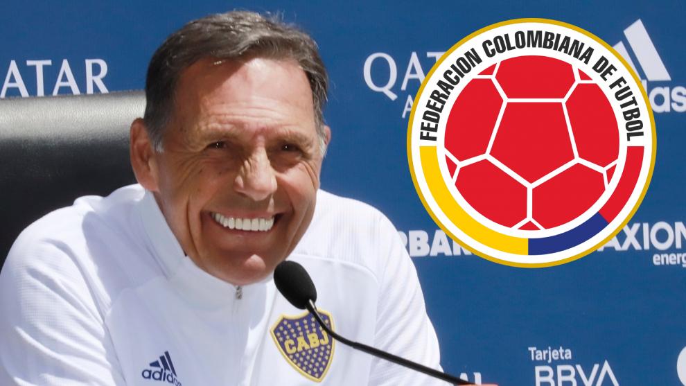 Miguel Ángel Russo y el escudo de la Federación Colombiana de...