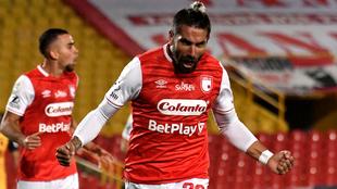 Patricio Cucchi celebrando el primer gol de Santa Fe ante el DIM.