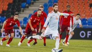 Sergio Ramos falló los dos penales que lanzó ante Suiza.