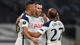 Bale festeja un gol con el Tottenham esta temporada