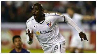 Cristian Martínez Borja y uno de los goles que convierten en uno de...