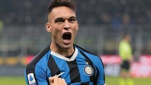 Lautaro celebra un gol con el Inter