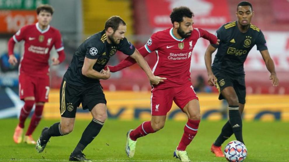 El Liverpool supera al Ajax y se clasifica como primero de grupo