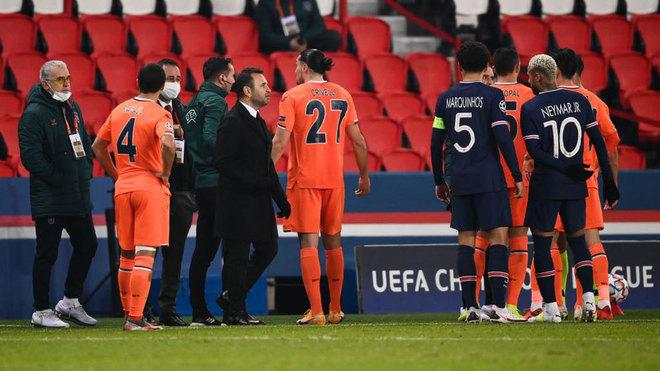 El Istanbul abandona el partido ante el PSG por presunto racismo ...