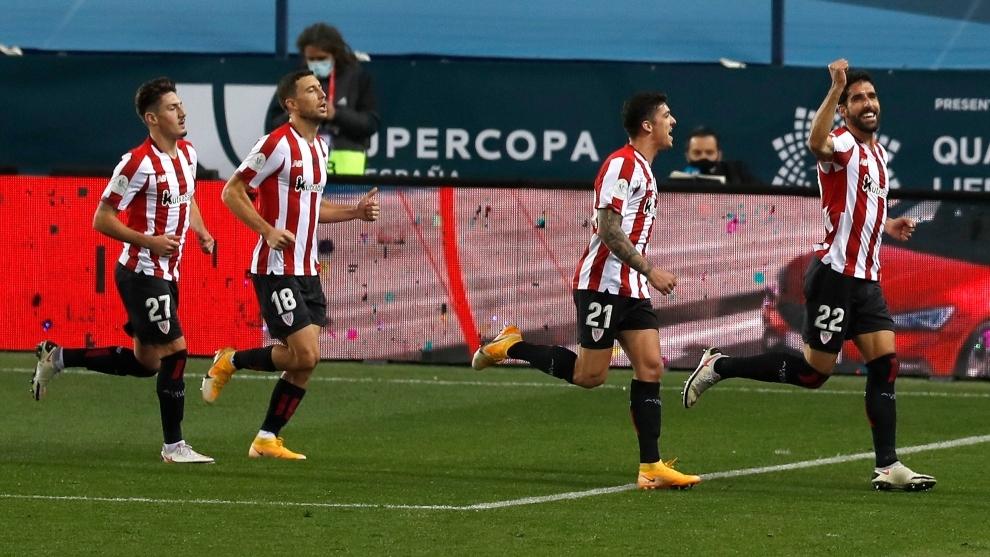 La alegría de Raúl García tras su segundo tanto.