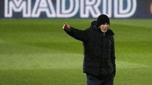 Zidane, durante un partido con el Real Madrid