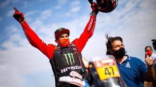 Kevin Benavides fue el ganador del Dakar 2021 con doblete de Honda.