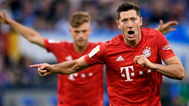 Lewandowski y Müller sacan al Bayern de un apuro