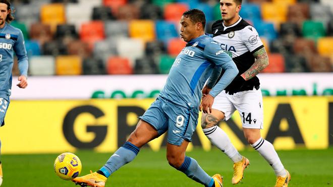 Acción del gol de Luis Fernando Muriel ante el Udinese.